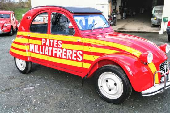 Vendee_Deuch_2CV_AZ_1964_Milliat_Freres_75